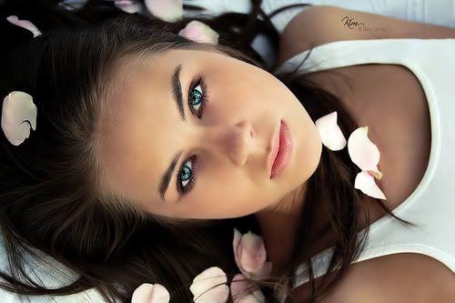 blue eyes girl 9 (500x333, 24Kb)