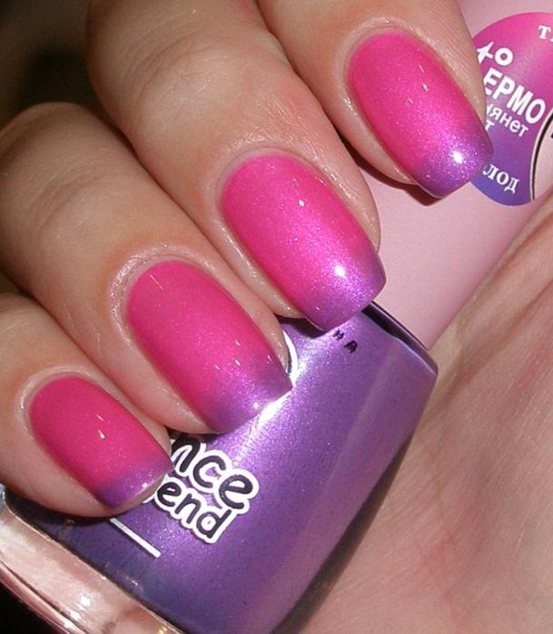 Маникюр из розового и фиолетового лака