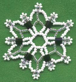 Технология бисероплетения, плетение снежинки из бисера, как сделать снежинку из бисера, снежинки из бусин, снежинки из бисера своими руками/4394340_snejinka_iz_bisera21 (250x272, 36Kb)
