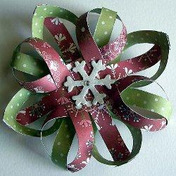 Объёмные снежинки из бумаги.  Вы можете представить себе новогодние праздники без снега.  Ведь как приятно выйти на...