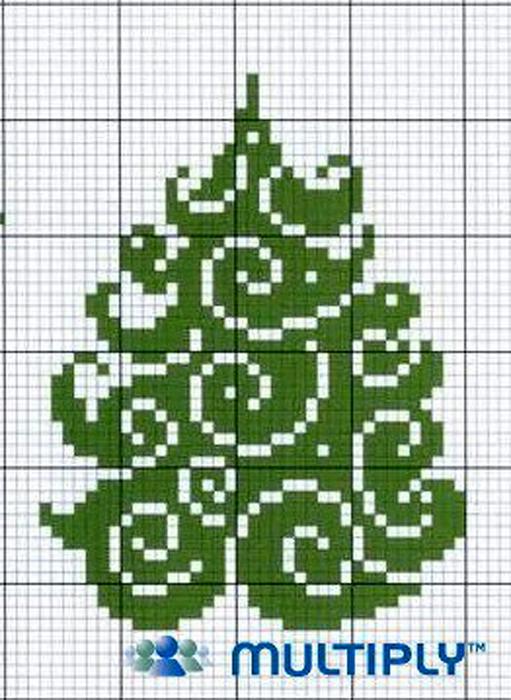 Опять елки. Вышивка крестом.