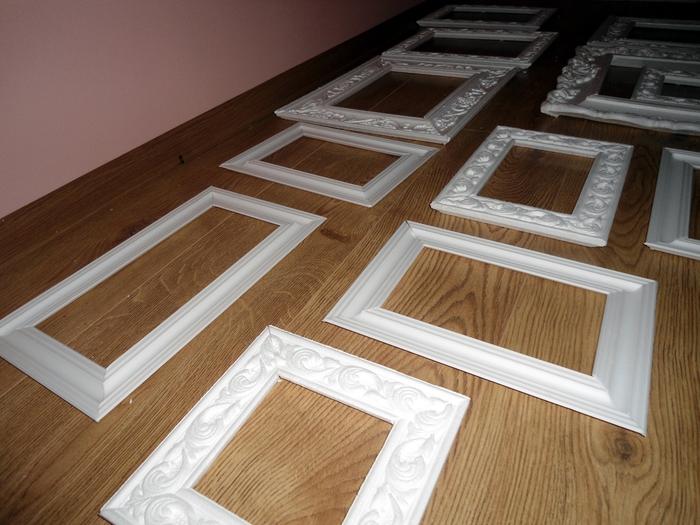 Рамка для зеркала из потолочного плинтуса своими