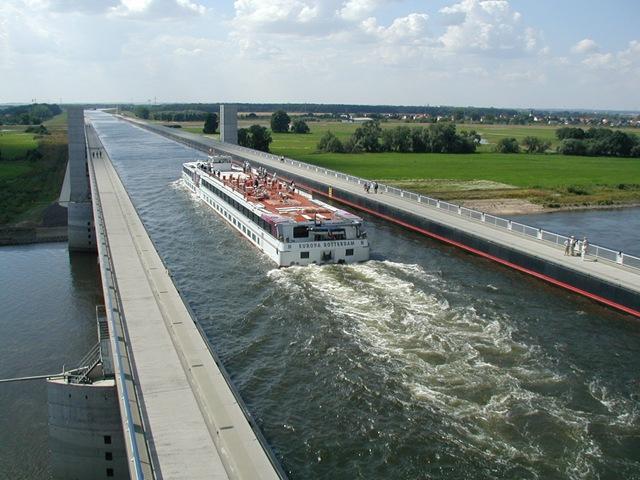 Водные мосты (640x480, 111Kb)