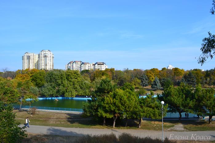 Одесский парк/4348076_2011oktyabr172pm (700x466, 197Kb)