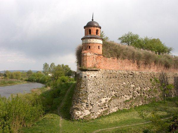 Замки, крепости и дворцы Украины 1-2 (600x450, 64Kb)