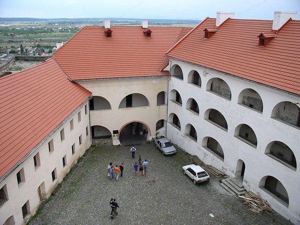 Замки, крепости и дворцы Украины 2-2 (600x450, 82Kb)