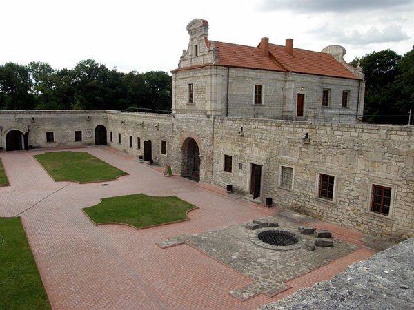 Замки, крепости и дворцы Украины 3-2 (600x450, 66Kb)