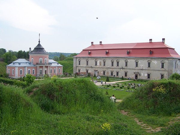 Замки, крепости и дворцы Украины 4-2 (600x450, 64Kb)