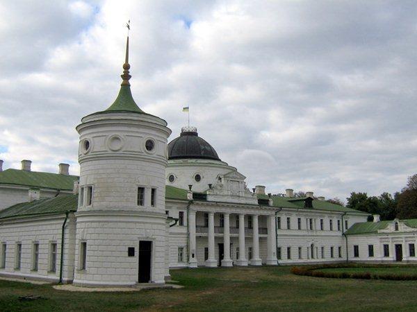 Замки, крепости и дворцы Украины 21-1 (600x450, 43Kb)