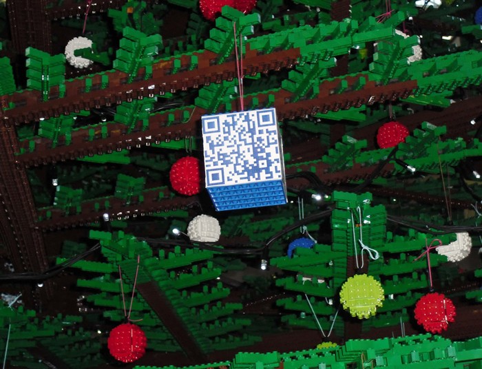 lego-christmas-tree-3 (700x536, 114Kb)