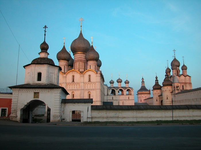 Святые ворота в Ростовском кремле фотографии