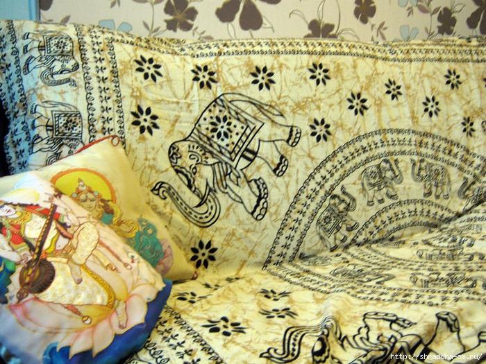 индийское покрывало со слонами_ (700x525, 388Kb)