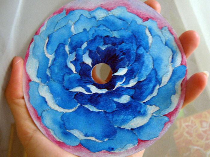 синий цветок, роспись акрилом, автор Shraddha, 1 (700x525, 189Kb)