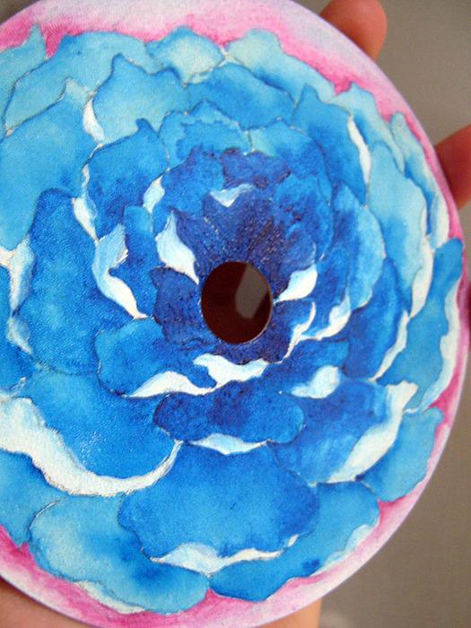 синий цветок, роспись акрилом, автор Shraddha, 2 (525x700, 175Kb)