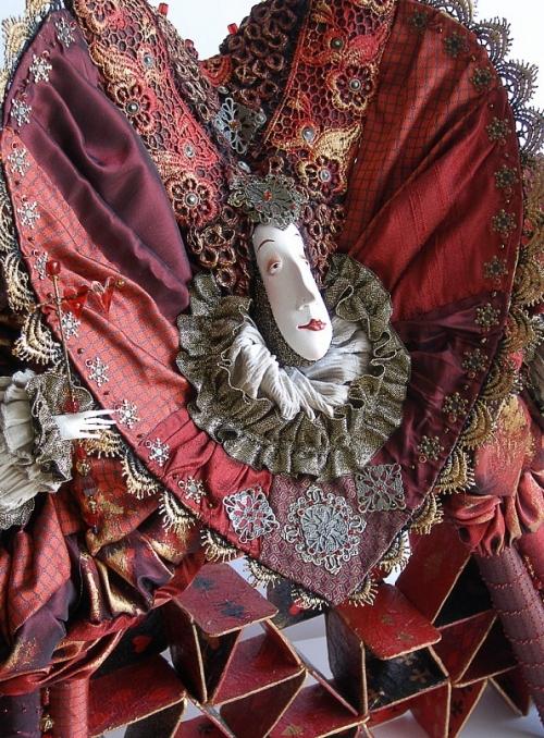 1315332294_chervonnaya-dama_02_www.nevsepic.com.ua (500x678, 404Kb)