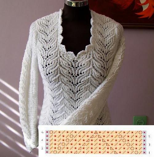 Белый пуловерчик