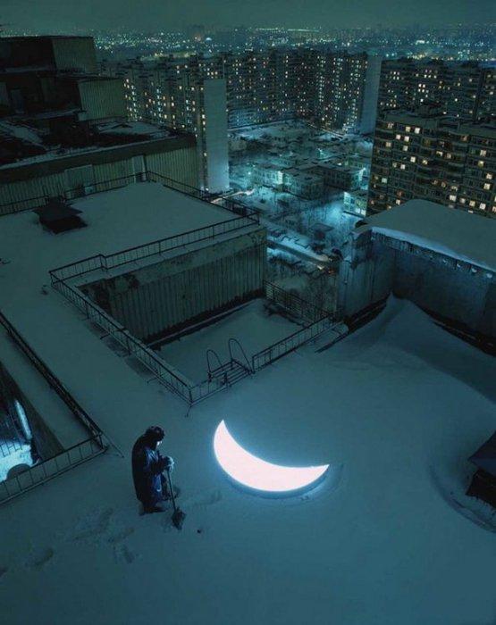 1323266437_moon-03 (555x700, 58Kb)