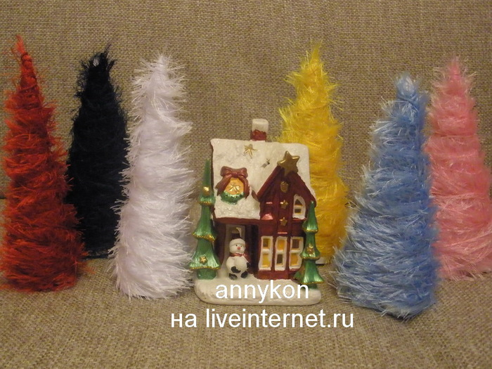 елочки из травки с домиком/4668337_elki_iz_travki_s_domikom (700x525, 155Kb)