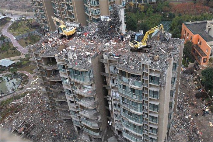 destruction-01 (700x467, 118Kb)