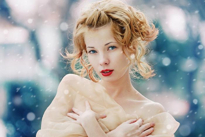 Зимняя красавица автор Radu Carnaru (700x468, 99Kb)