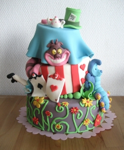lens17691433_1298892311alice_in_wonderland_cake_ (250x303, 70Kb)