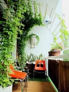 apartmenttherapy-balcony-225x300 (225x300, 32Kb)