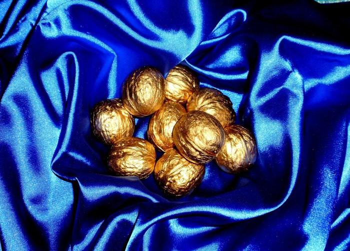 Новогодние пожелания в орешки