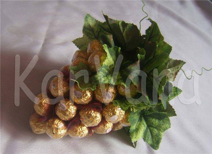 Гроздь винограда из конфет - 3c