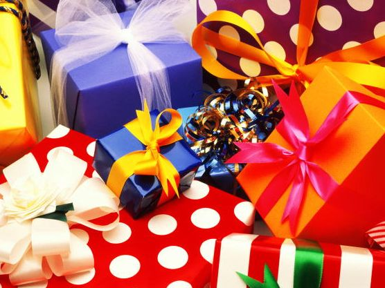 подарки (556x417, 60Kb)