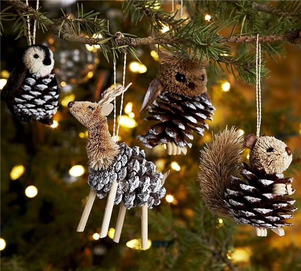 Поделки из шишек или новогодний декор