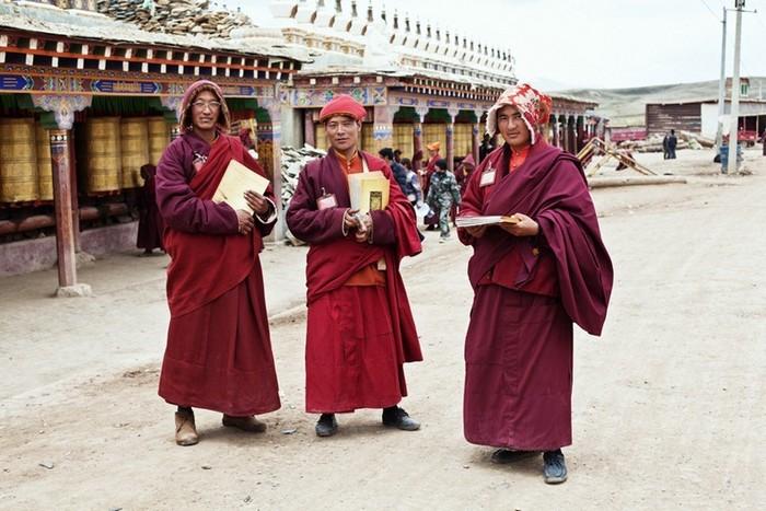 yarchen-monastery-62 (700x467, 103Kb)