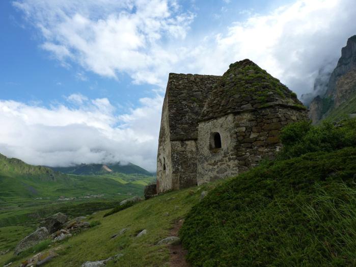 каменные дома (700x524, 150Kb)