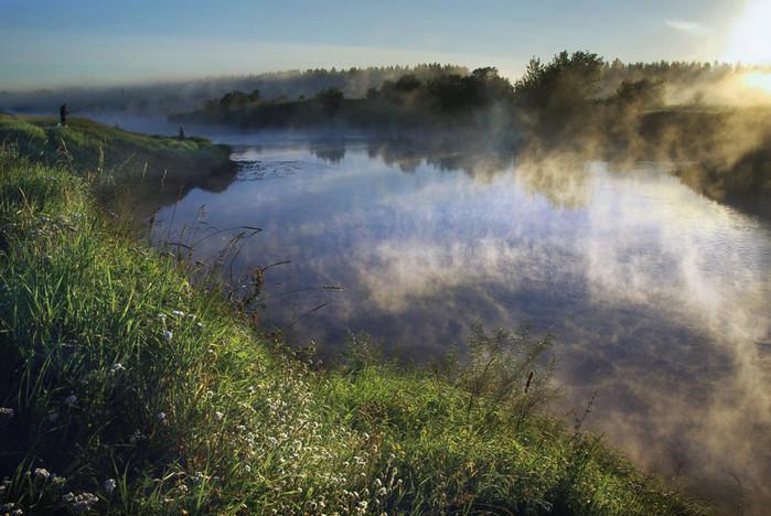 солнце и туман над рекой (700x468, 126Kb)