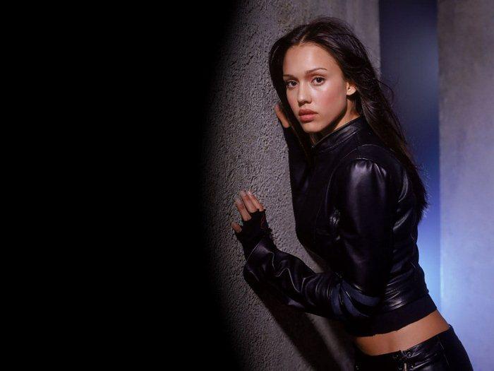 Jessica Alba 59 (700x525, 37Kb)