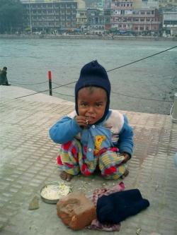 голодный ребенок/3479580_golodnii_rebenok (250x333, 36Kb)