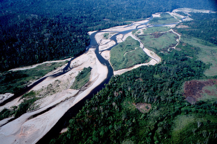 река (700x464, 196Kb)