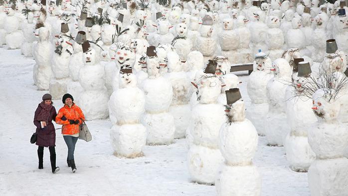 Фестиваль снеговиков в самом шоколадном дворе Москвы