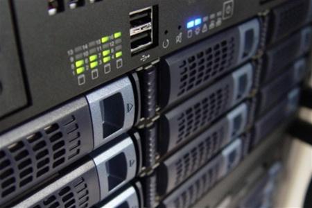 1324485543_server (450x300, 48Kb)