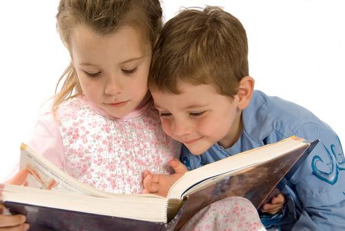 Приучаем детей к литературе