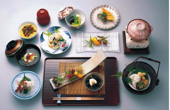 японский ресторан/1324585767_restora (590x384, 39Kb)