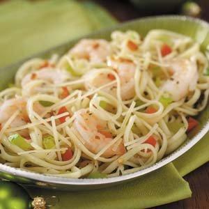 1324474563_rozhdestvenskij-salat-s-krevetkami-i-spagetti (300x300, 20Kb)