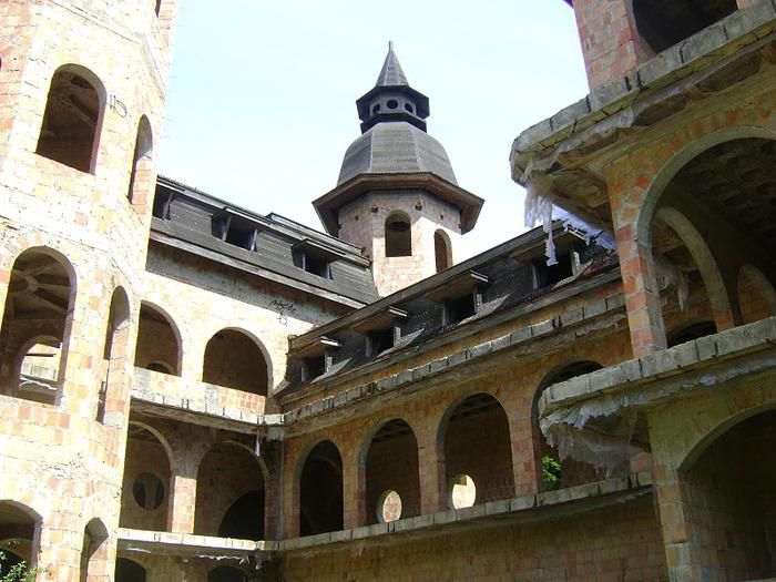 Zamek Lapalice 22059