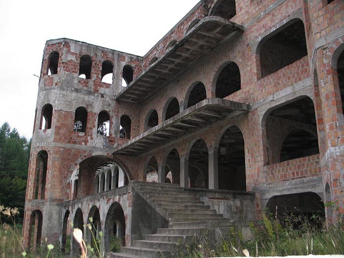 Zamek Lapalice 23110