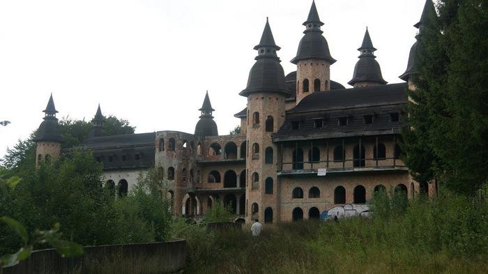 Zamek Lapalice 93443