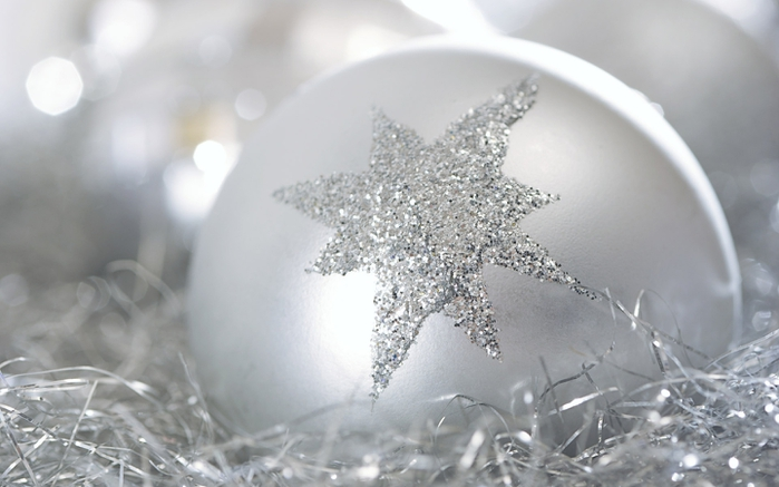 6 New_Year_wallpapers_Happy_New_Year_011358_ (700x437, 176Kb)