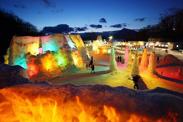 hokkaido_ice_festival_japan (600x400, 99Kb)