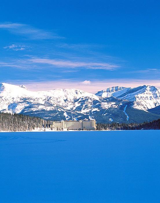 Где и как встречать новый год - канадский отель Fairmont Chateau Lake Louise