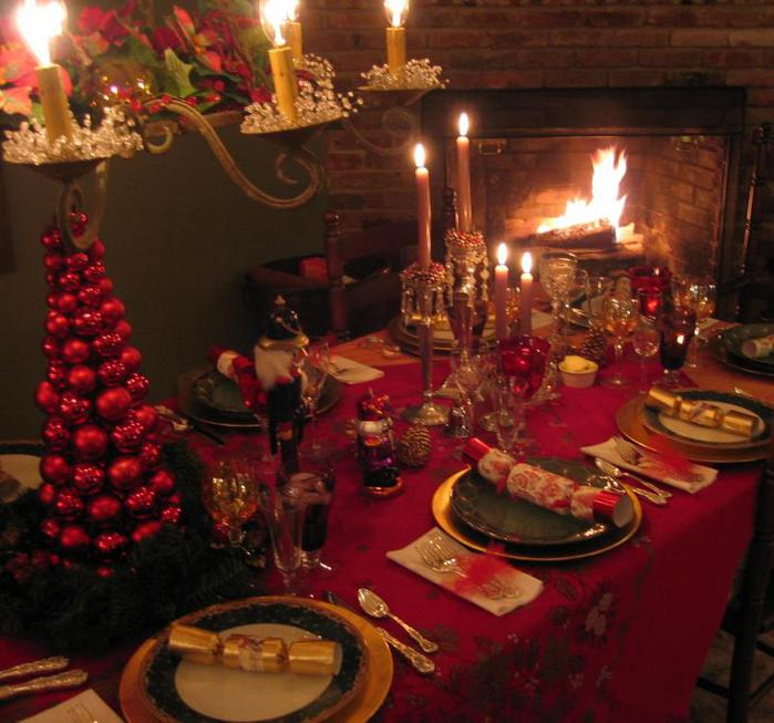 4239794_Christmas_table_05_121141025_std (700x653, 64Kb)