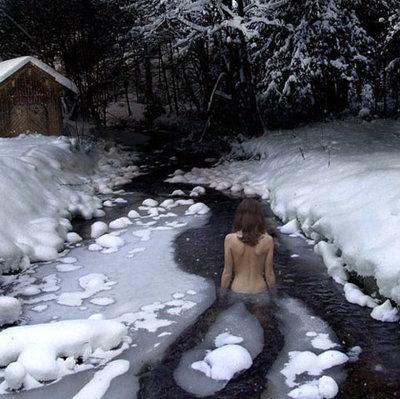 Купания зимой голая тела