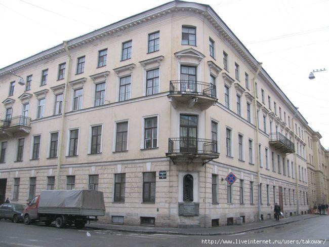 Дом Раскольникова/1413032__2 (650x488, 153Kb)